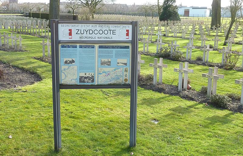 Cimetière Militaire de Zuydcoote